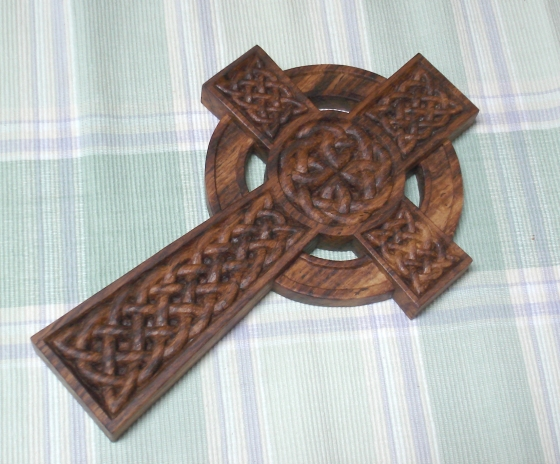 carved-object-celticcross1