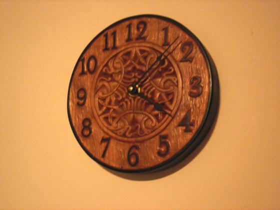 carved-object-clock