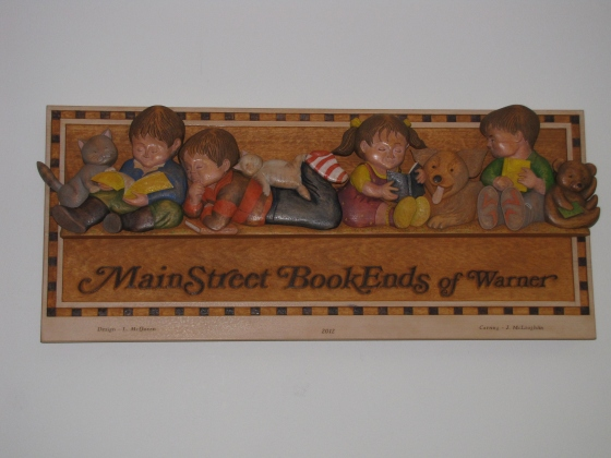 Main Street Bookends sign
